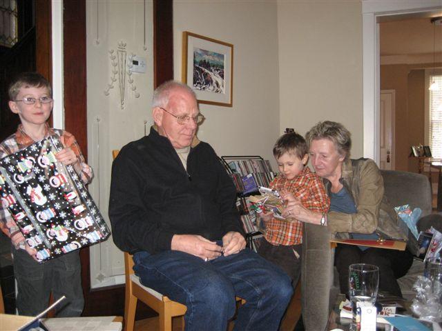 Christmas at Tara's 2010.JPG