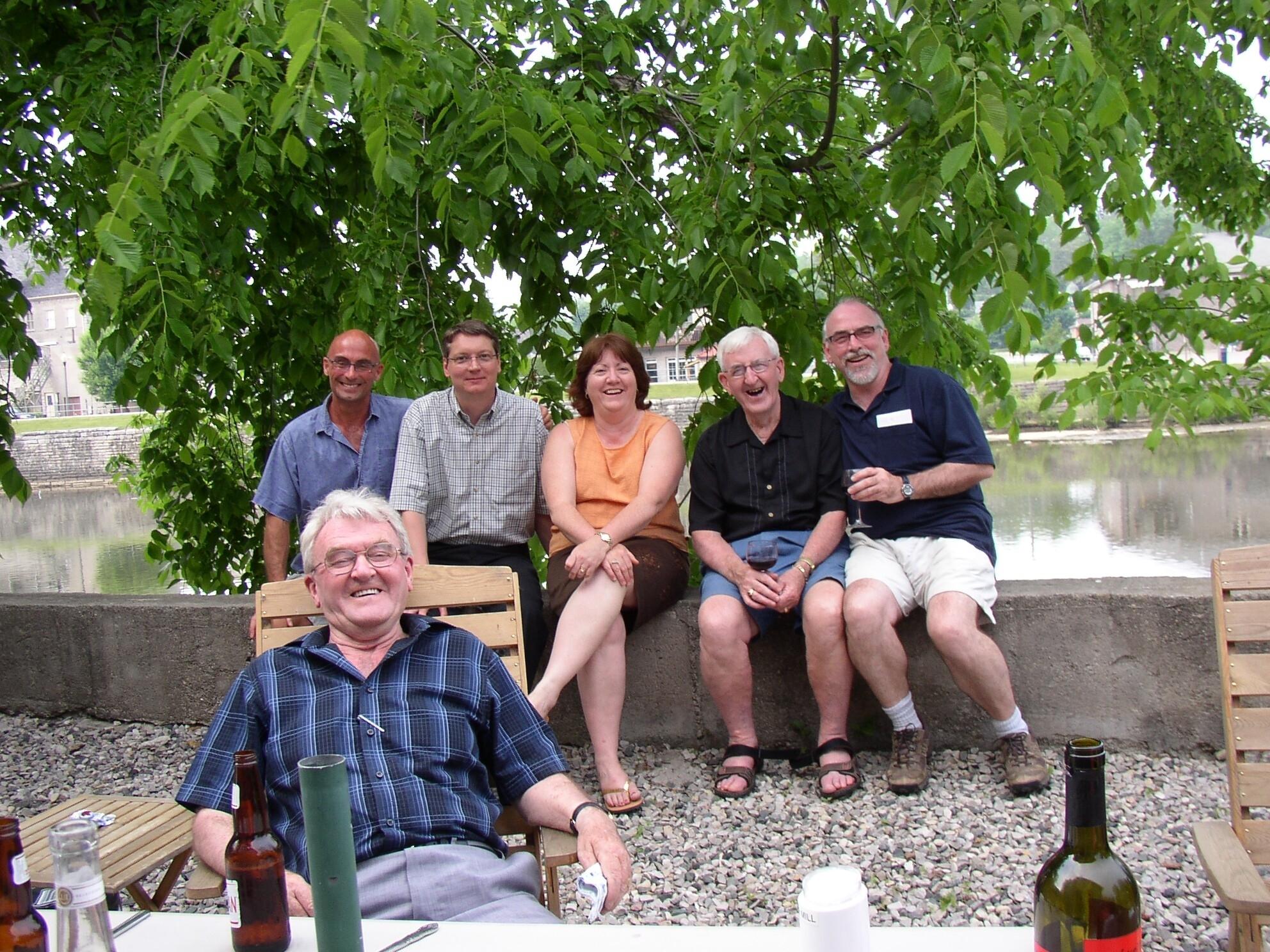 Denise's family et moi.JPG