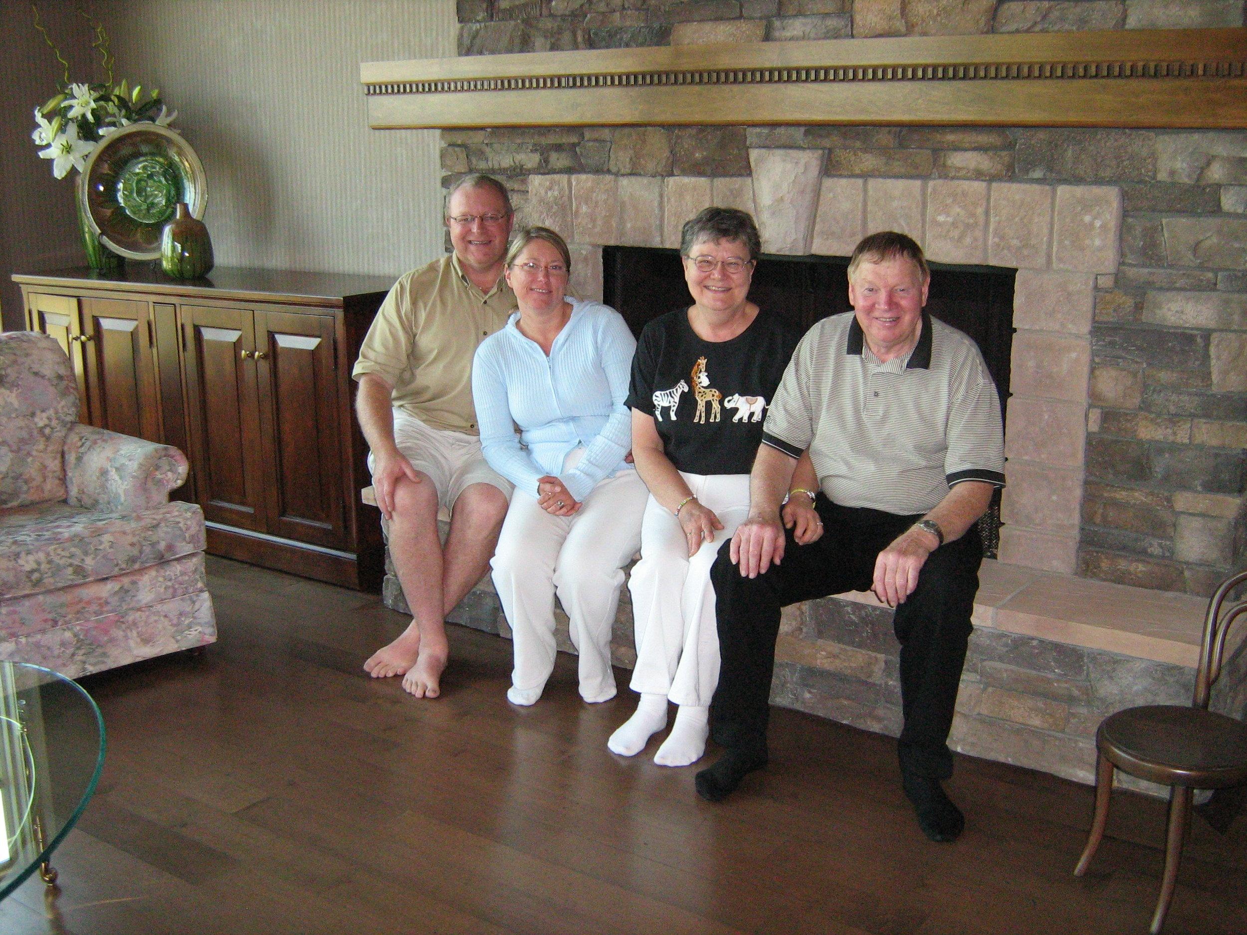 Mom&Dad Calgary Aug '07 055.jpg