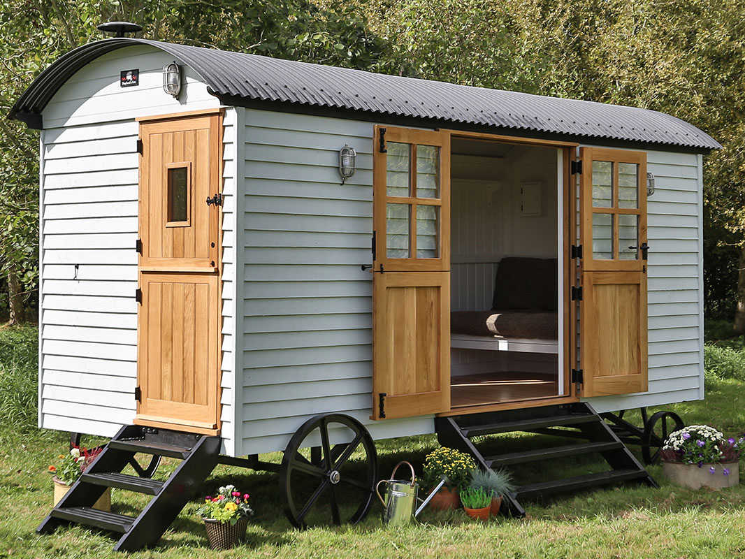 Summer house shepherds hut