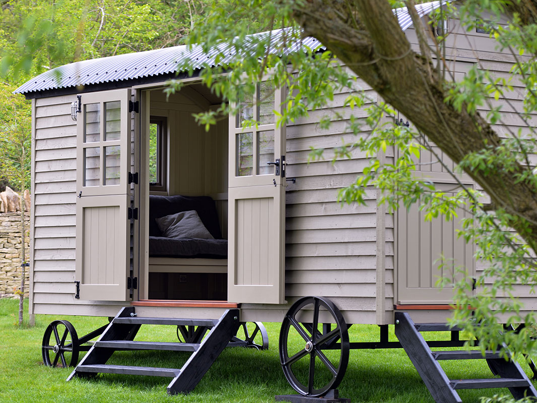 David Cameron's shepherds hut by Red Sky Shepherd Huts