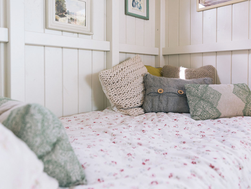 shepherds huts beds and futons