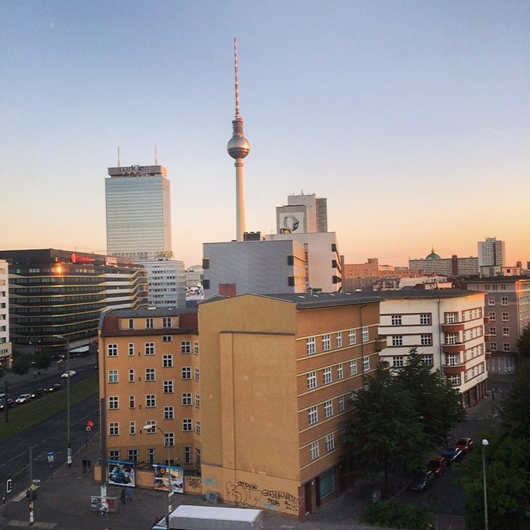 A room with the perfect view on summertime in Berlin makes me one happy boy. #TravelTuesday  (at Soho House Berlin)
