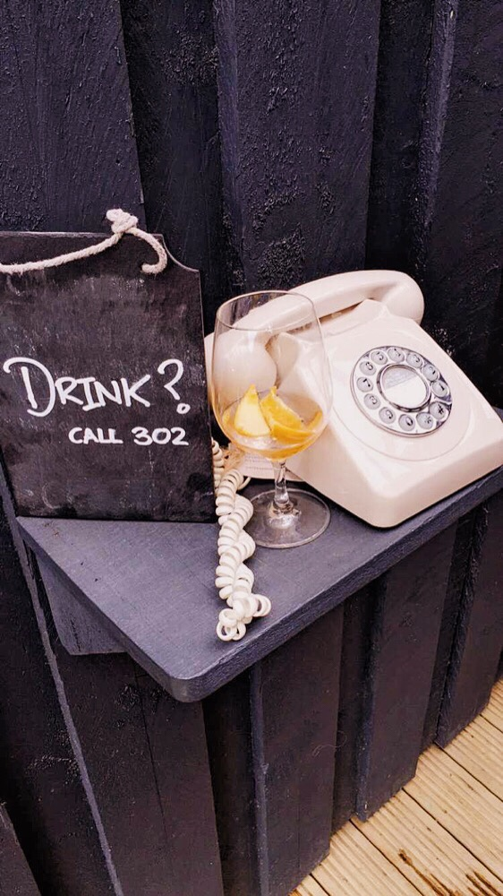Need one of these for the office…… ☎️🍸