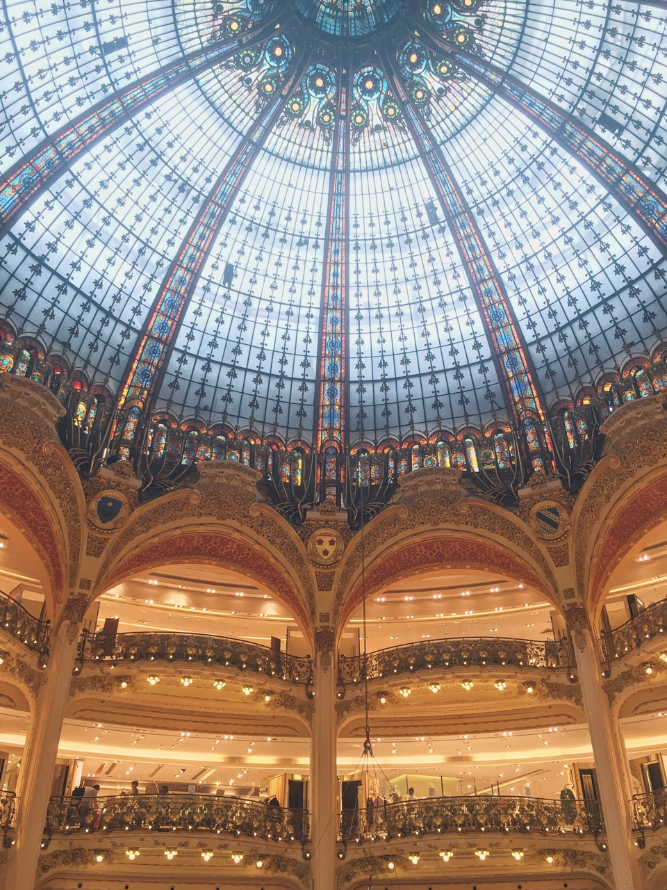 Looking up at Galleries Lafayette #Paris