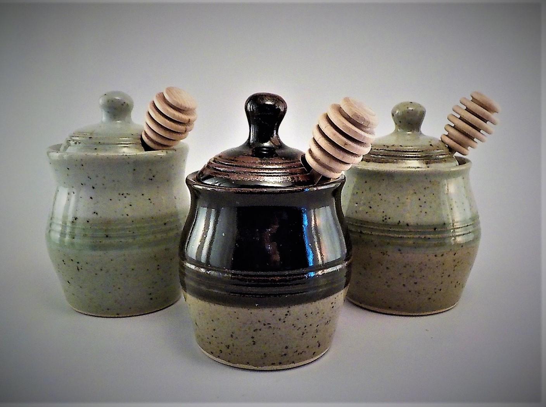 Bonnie Gilmour Pottery