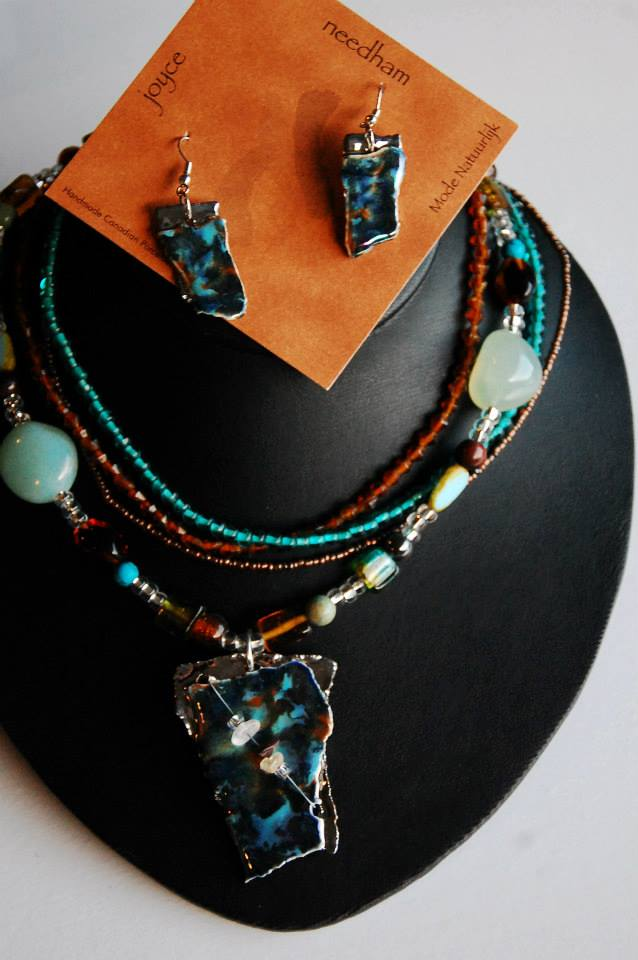 necklace17.jpg