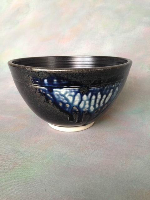 jt_pottery_image3_midnight_mist_bowl.JPG