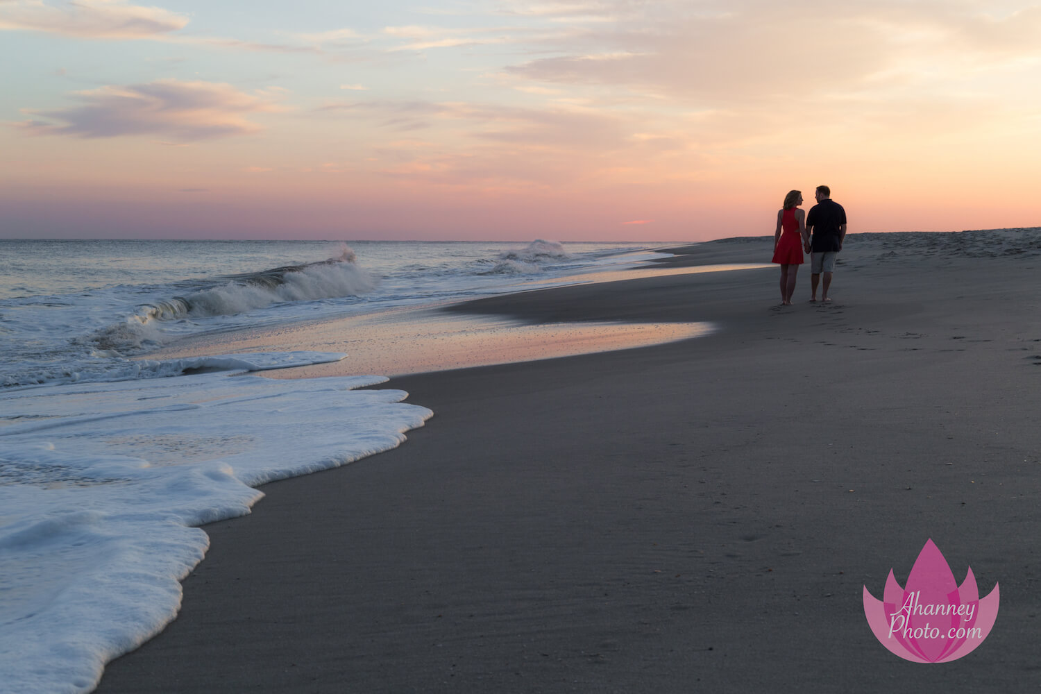 Engagement-Photography-Cape-May-NJ_Beach_ahanneyphoto_engage (1).jpeg