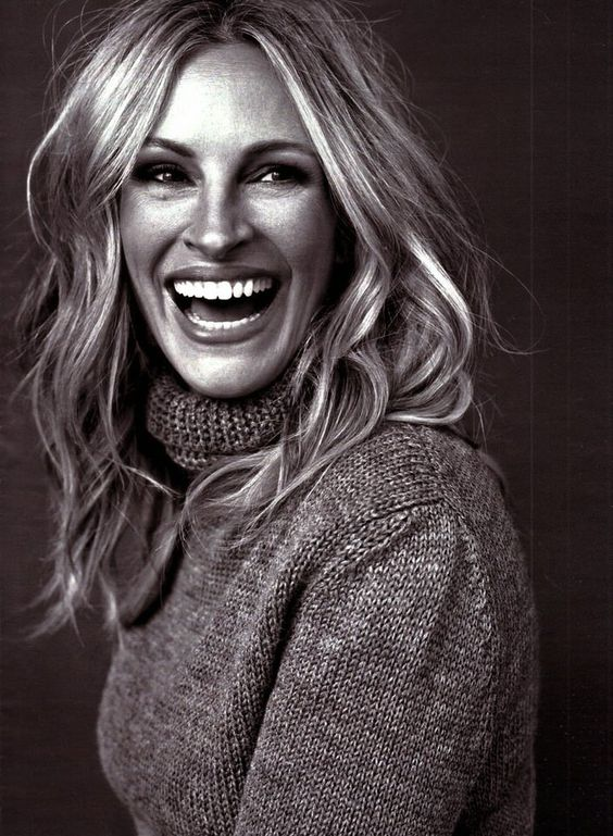 When you are accomplished it shows!!!  This just makes me happy and thankful for my own life and accomplishments. Not to mention this is a flawless photo capturing one of the best smiles in the world. #juliaroberts #blessed #legacy #womenpower (Photo: karinecandicekong.com)