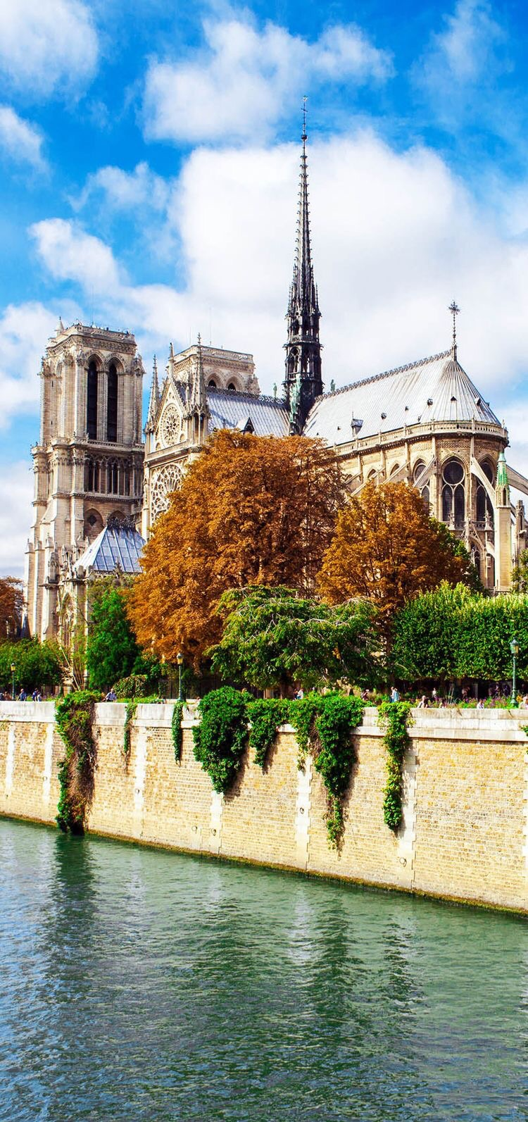 See Notre Dame and other architecture to cross off my list. {Image Source: Andrey_Kuzmin via Shutterstock}
