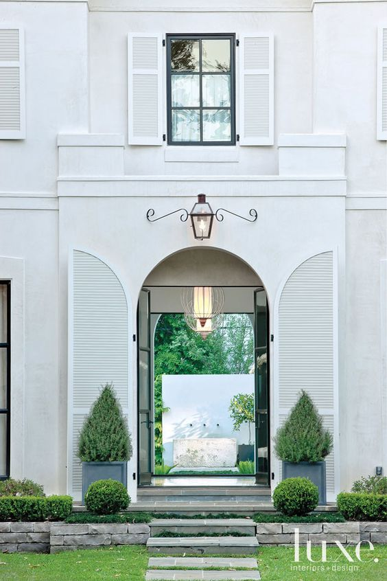 {Image Source: Luxe Interiors & Design Magazine}