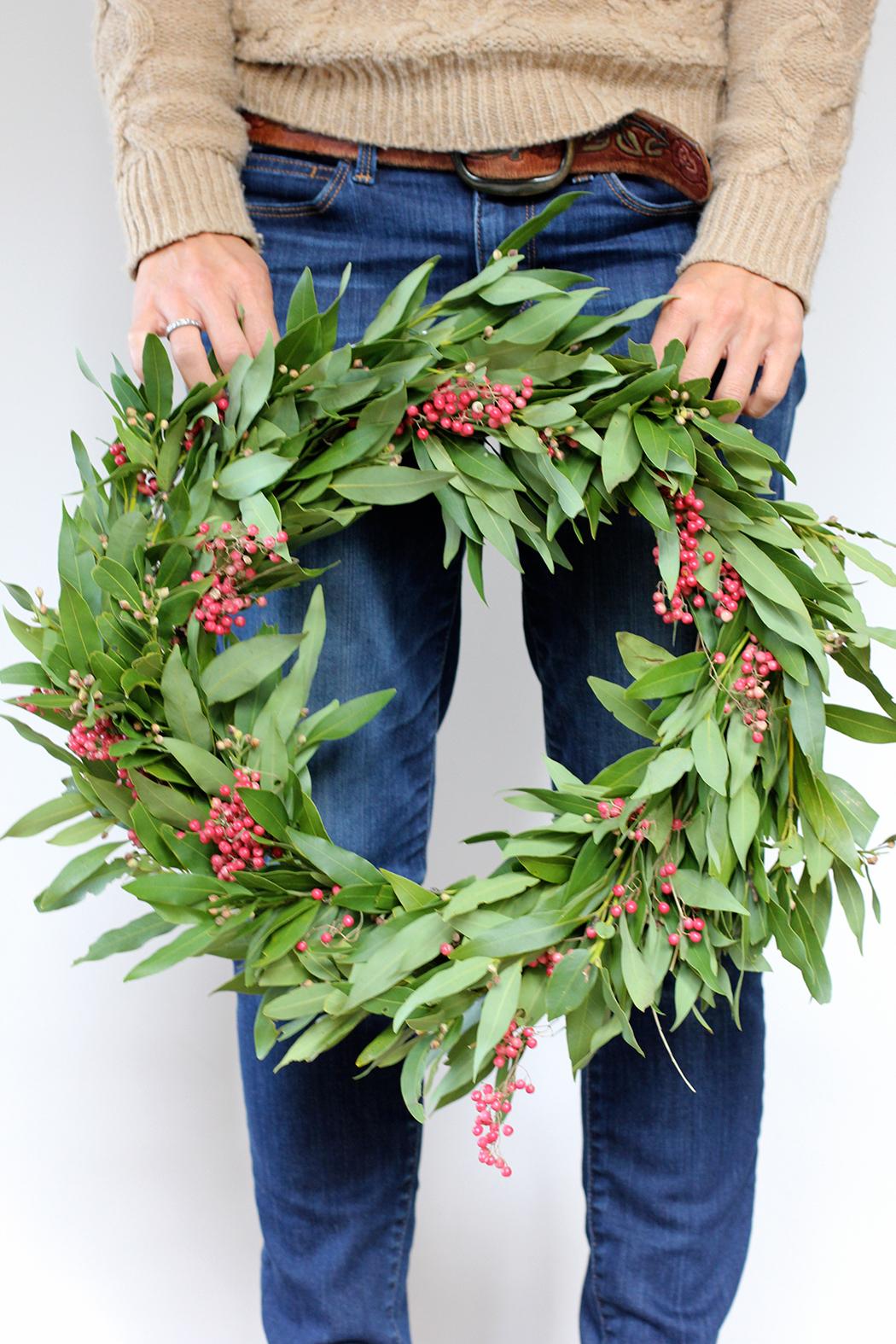 DIY: Bay Leaf and Berries Wreath DIY