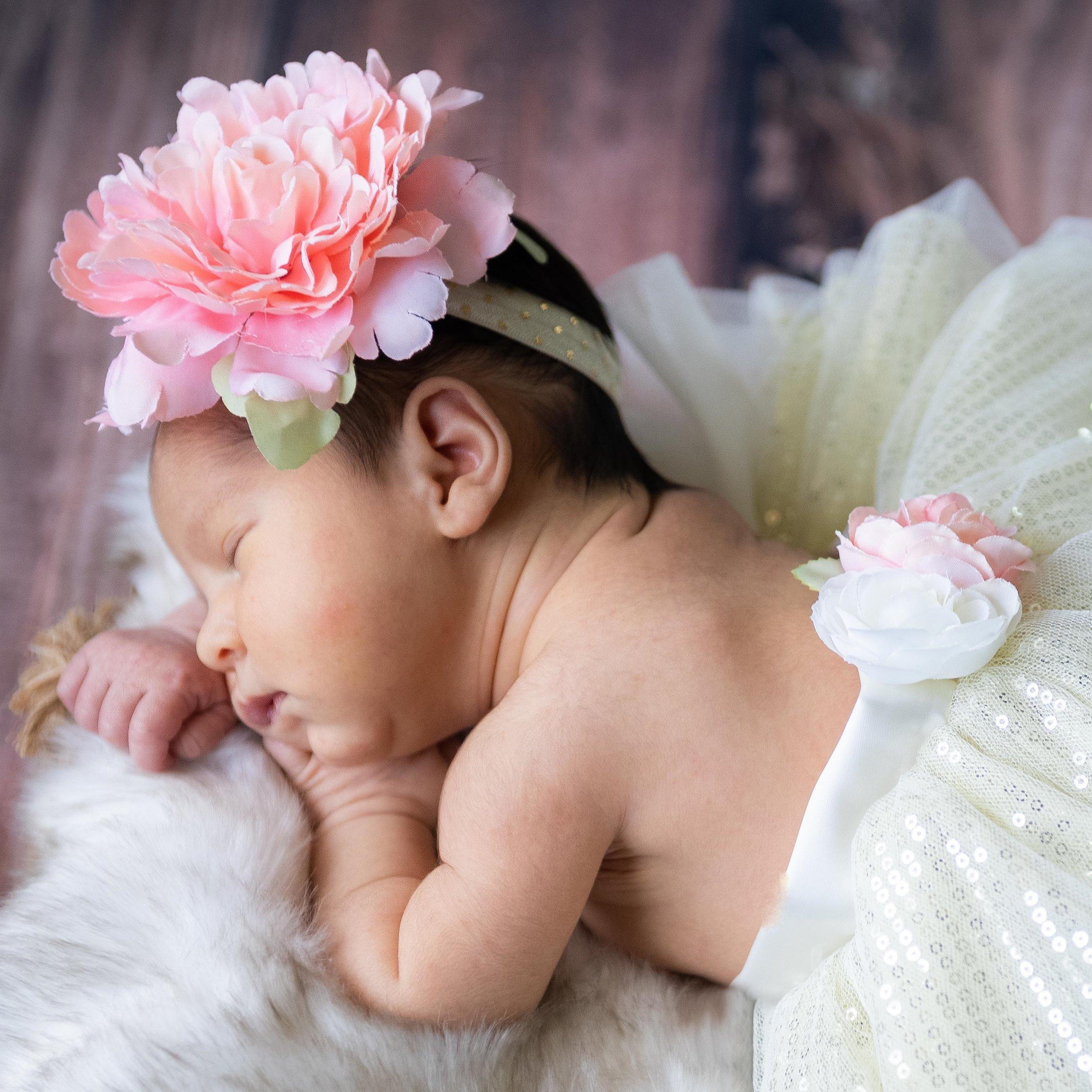 newborn girl 6 days old