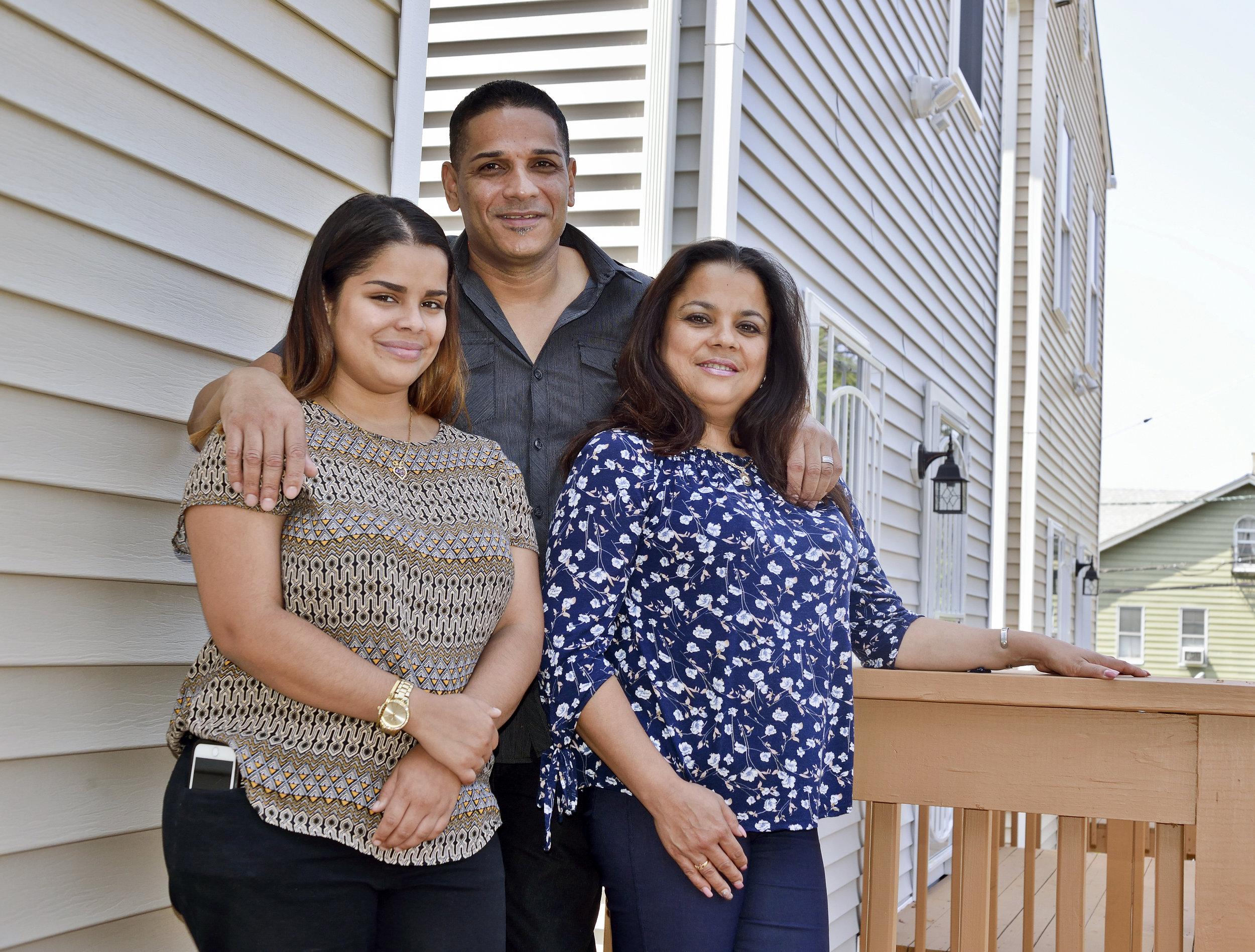 Gonzalez Family 034.JPG