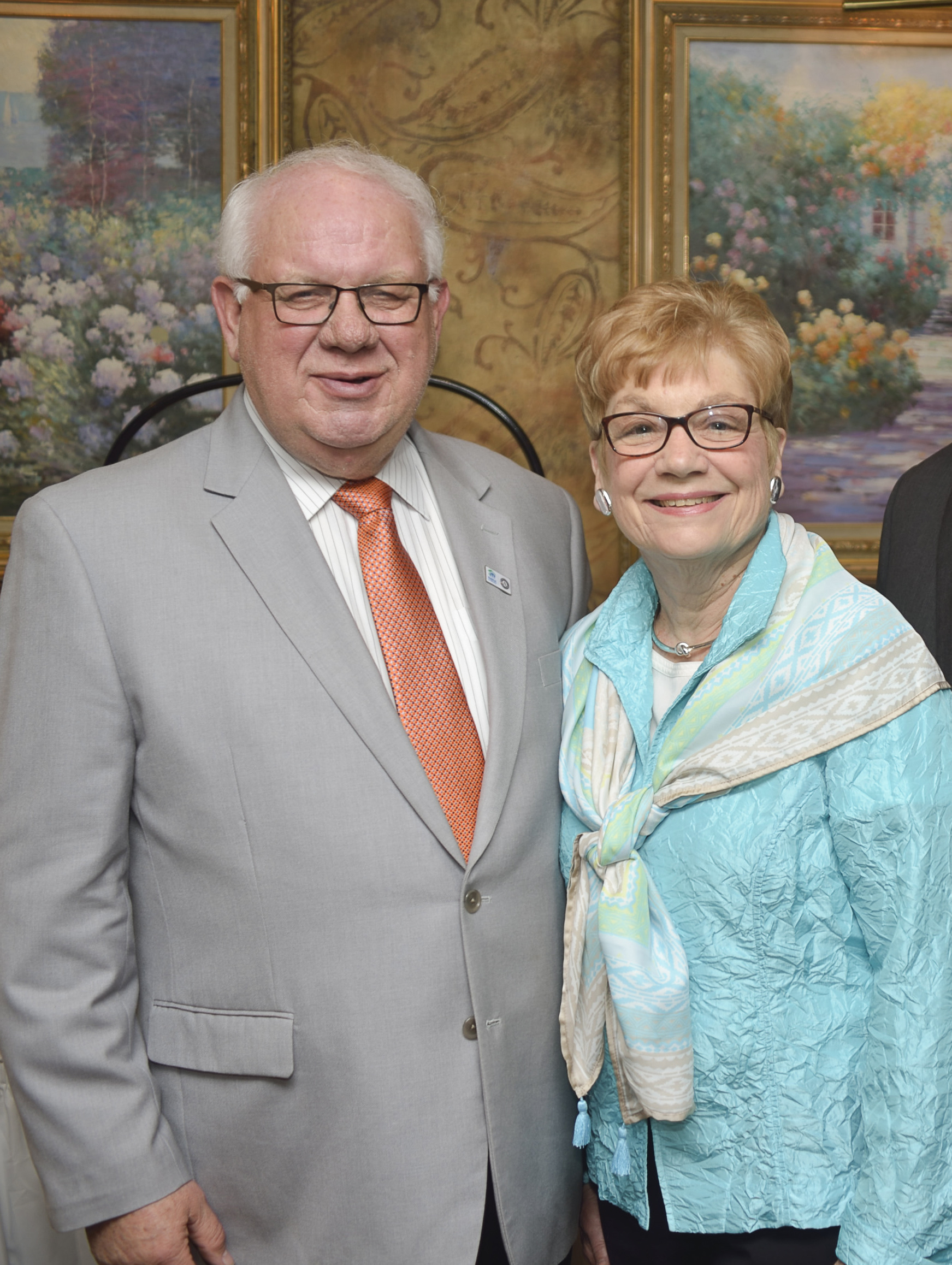 Gary and Barbara photo.jpg