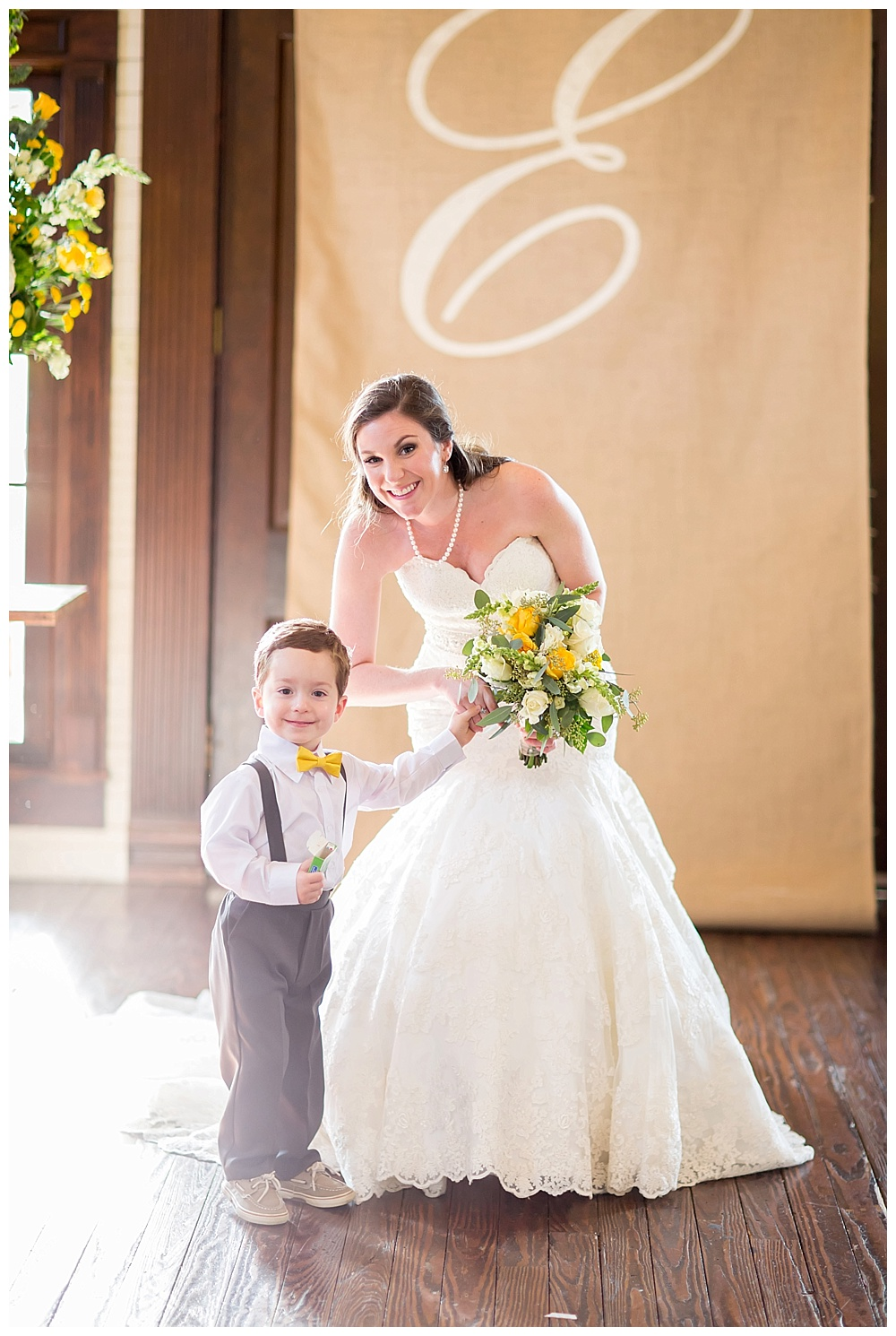 Sara_Hill_Country_Village_Shreveport_Wedding_15.jpg