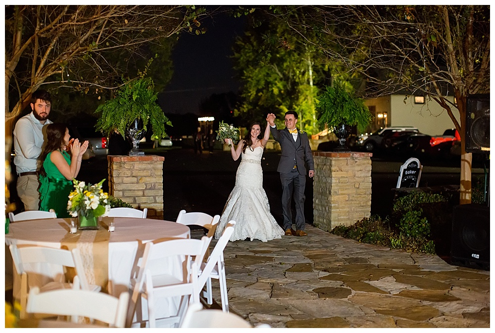 Sara_Hill_Country_Village_Shreveport_Wedding_37.jpg