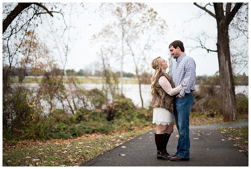 Downtown-Shreveport-Engagement-Session-Shreveport-LA-Photo5.jpg