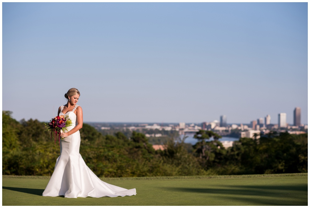 Leah_Wingerter_Lile_Country_Club_Little_Rock_Bridal_Session_01.jpg