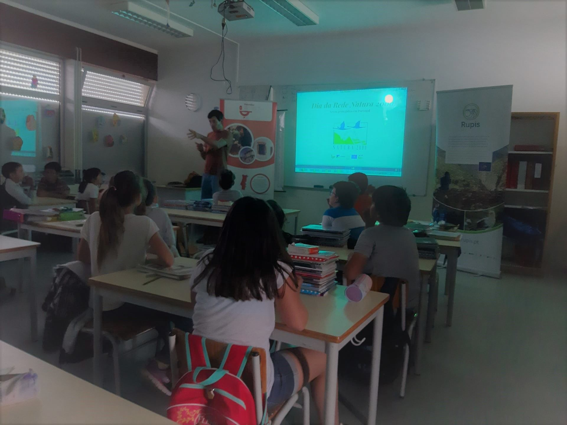 Comemoração do Dia Europeu da Rede Natura 2000. Alunos/as do 4.º ano - Agrupamento de Escolas de Vimioso.