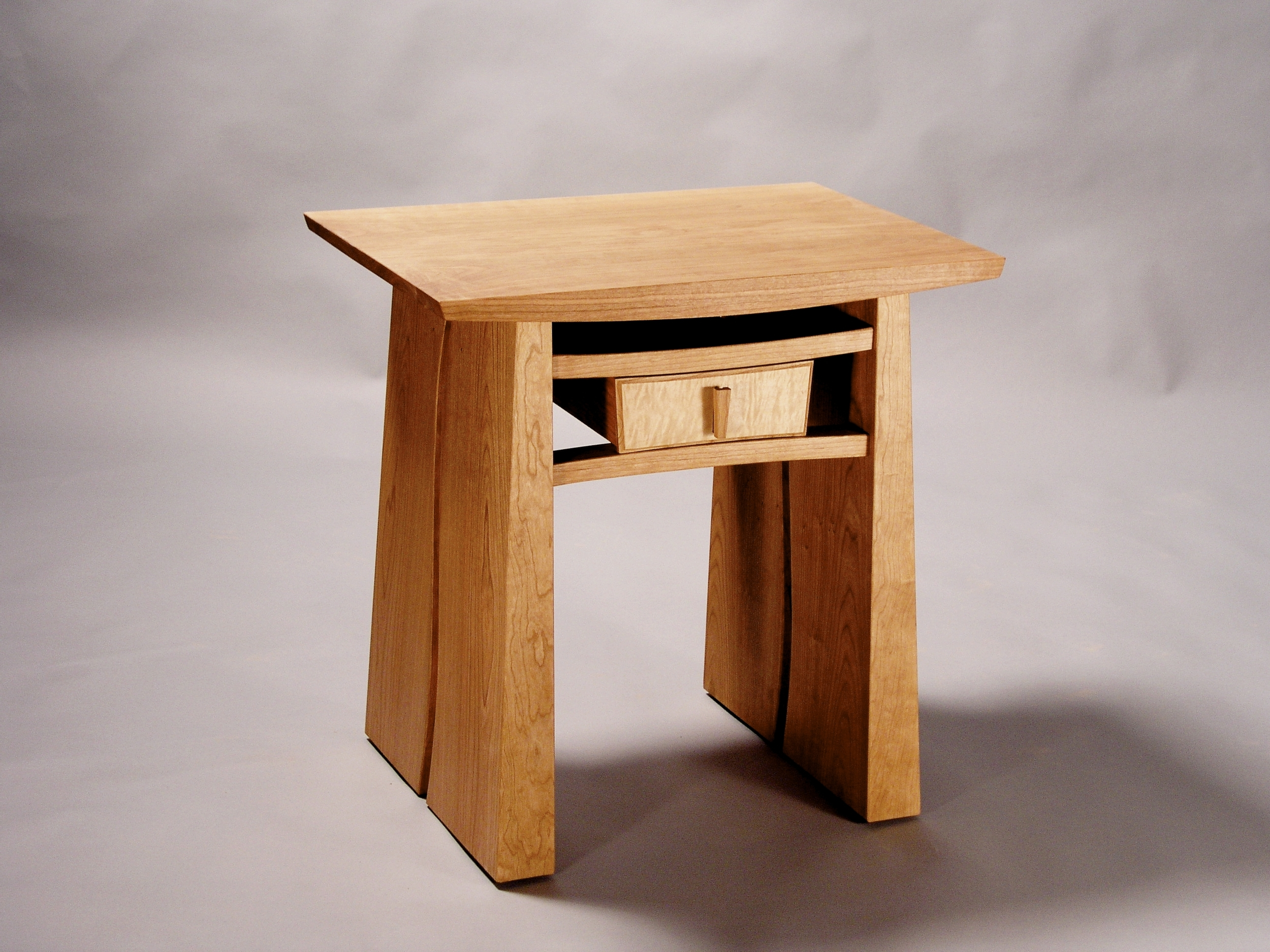Meander Night Stand