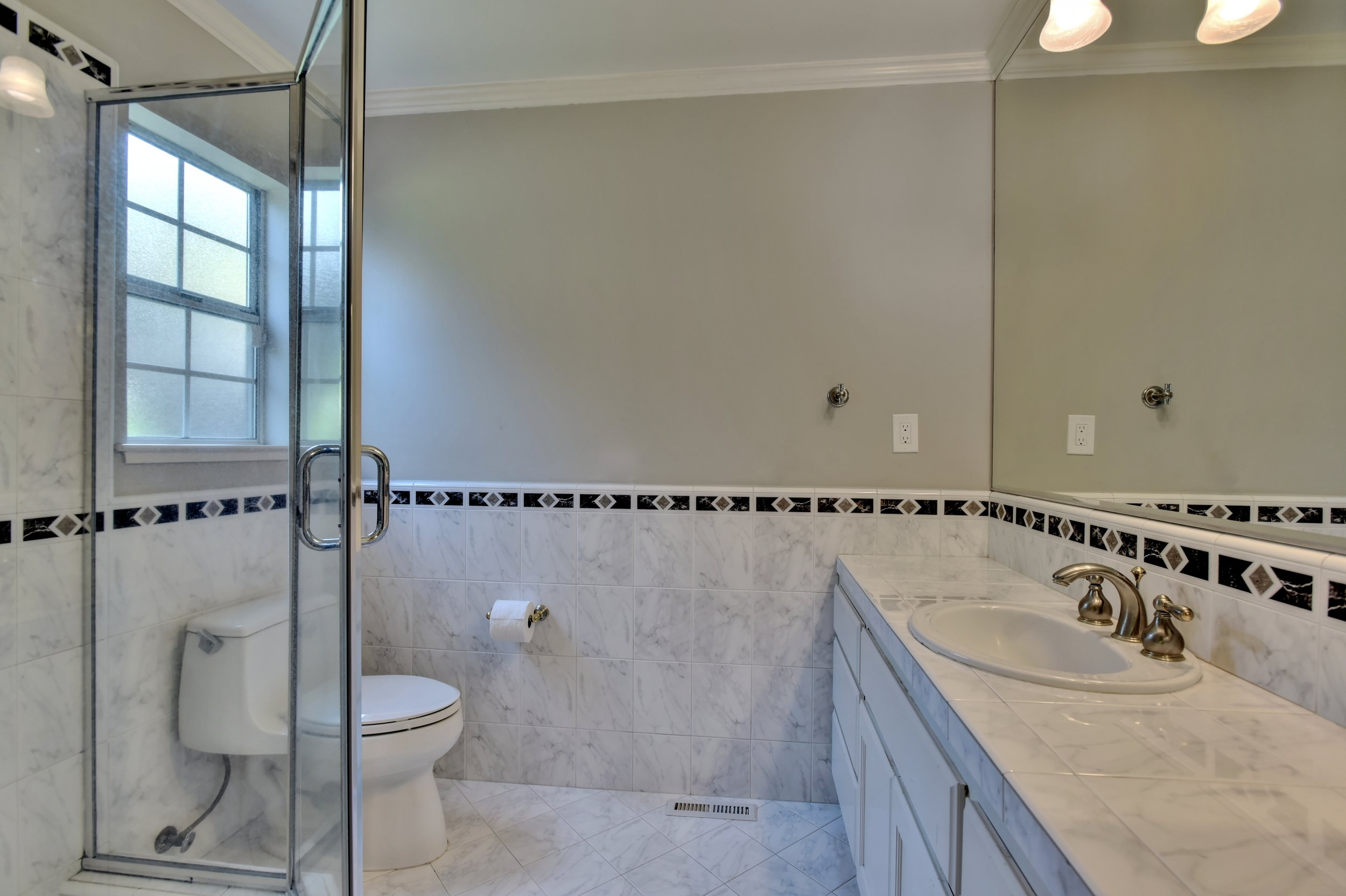 Master Bedroom Bathroom.jpg