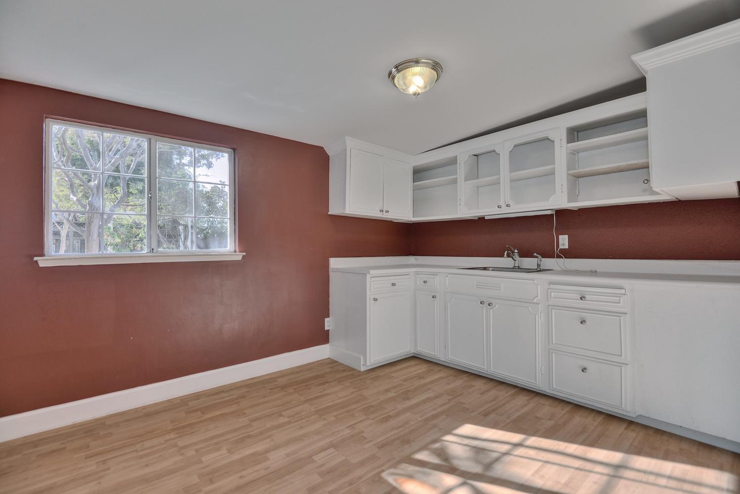 Cottage Kitchen Space.jpg