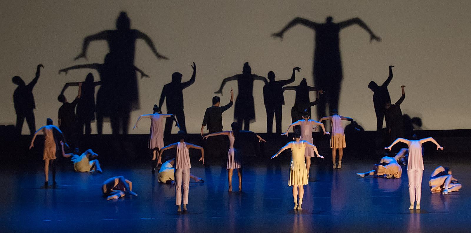 LaGuardia Graduation Dance Friday Performance 2014 Folder 2-588-X3.jpg