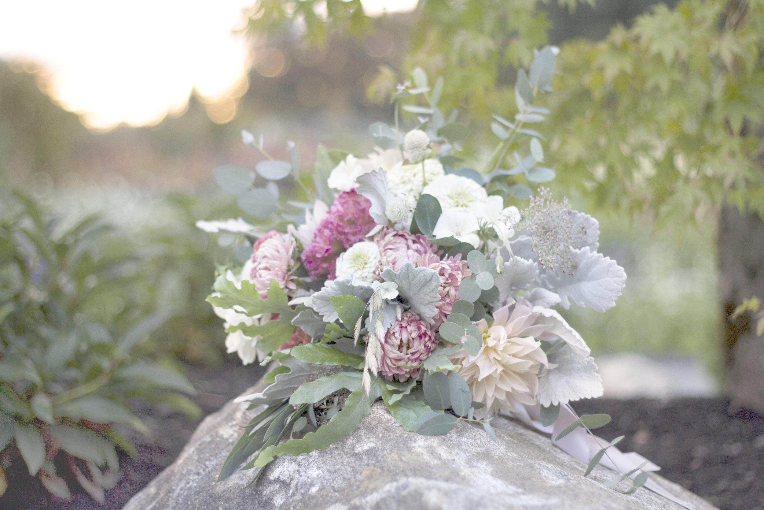 reduced_screened back_ss_bridal_bouquet_sunset_dusty_aster_euc_cafe_au_lait_dahlia.jpg