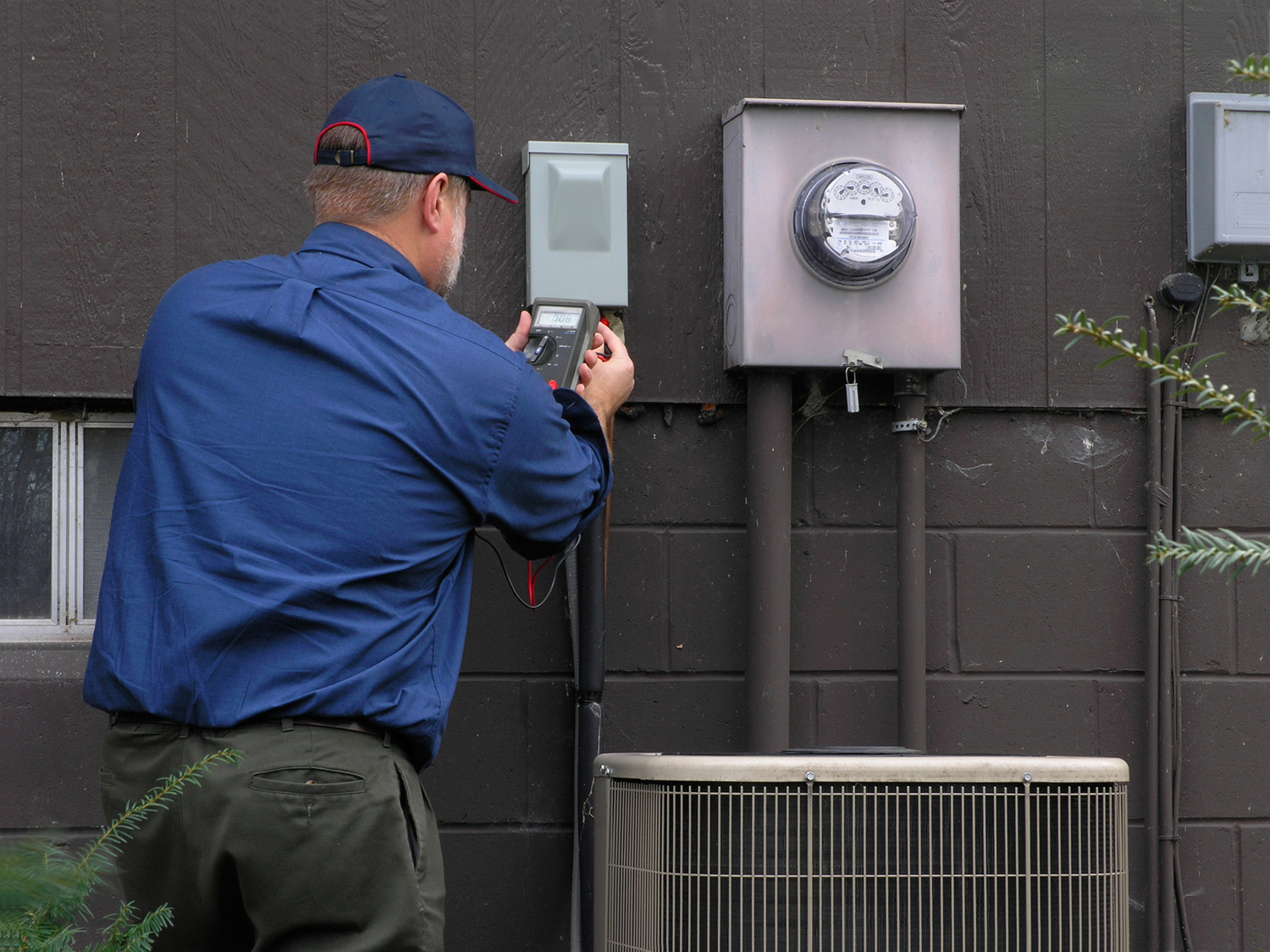 Total Temperature Control is experienced with Central AC, ductless units and geothermal systems.