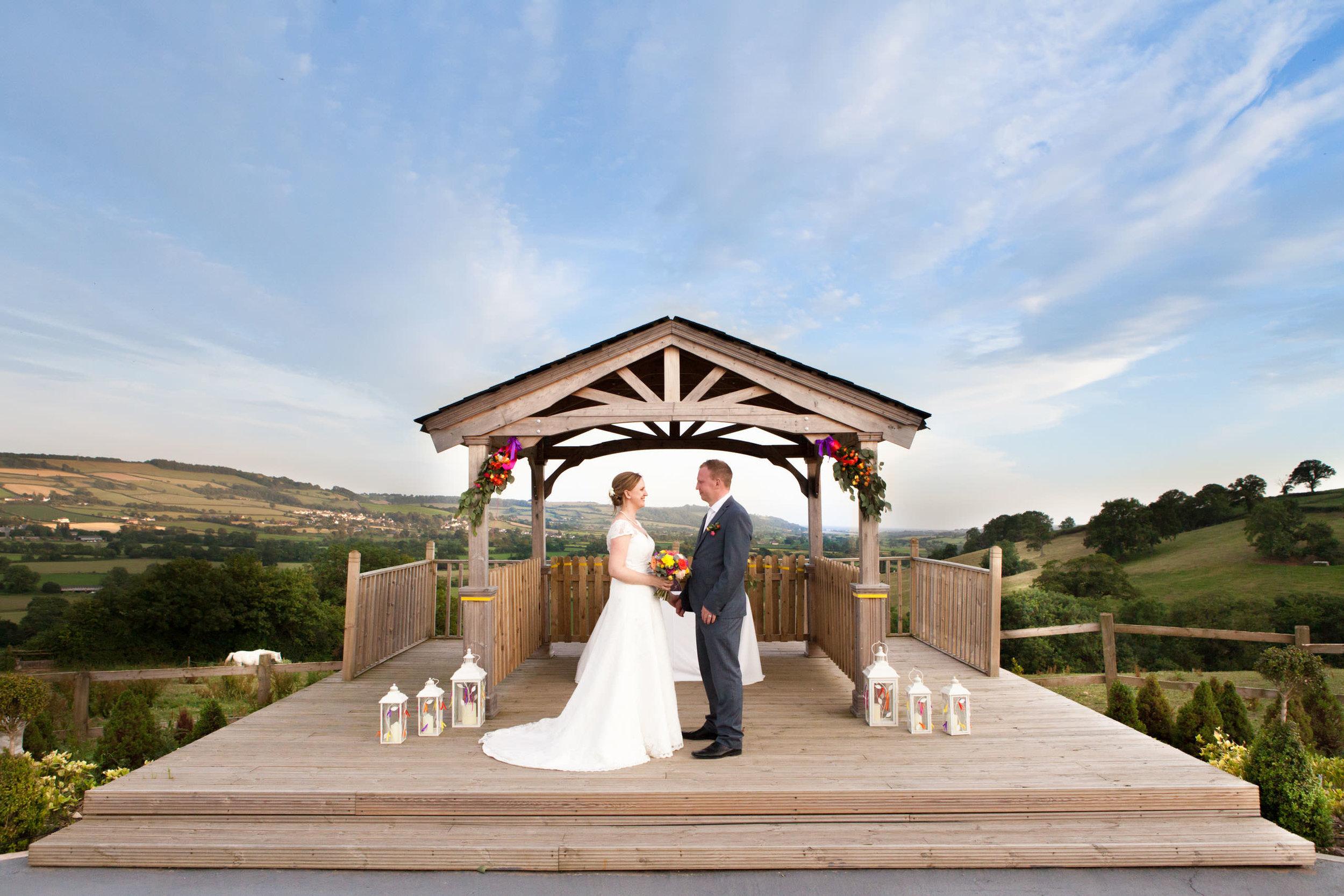 Cranberries-Hideaway-Wedding-Photography (1).jpg