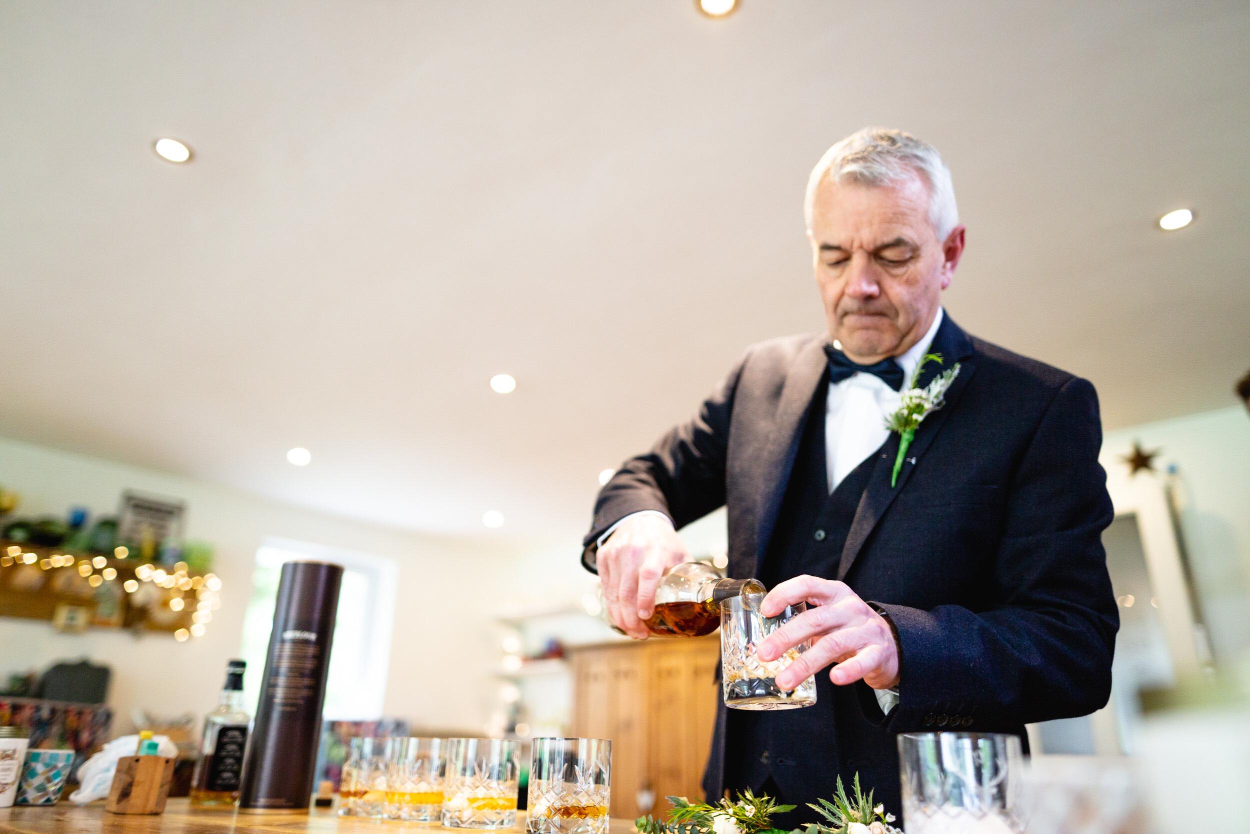 Launcells-Barton-Wedding-Photographer (34).jpg
