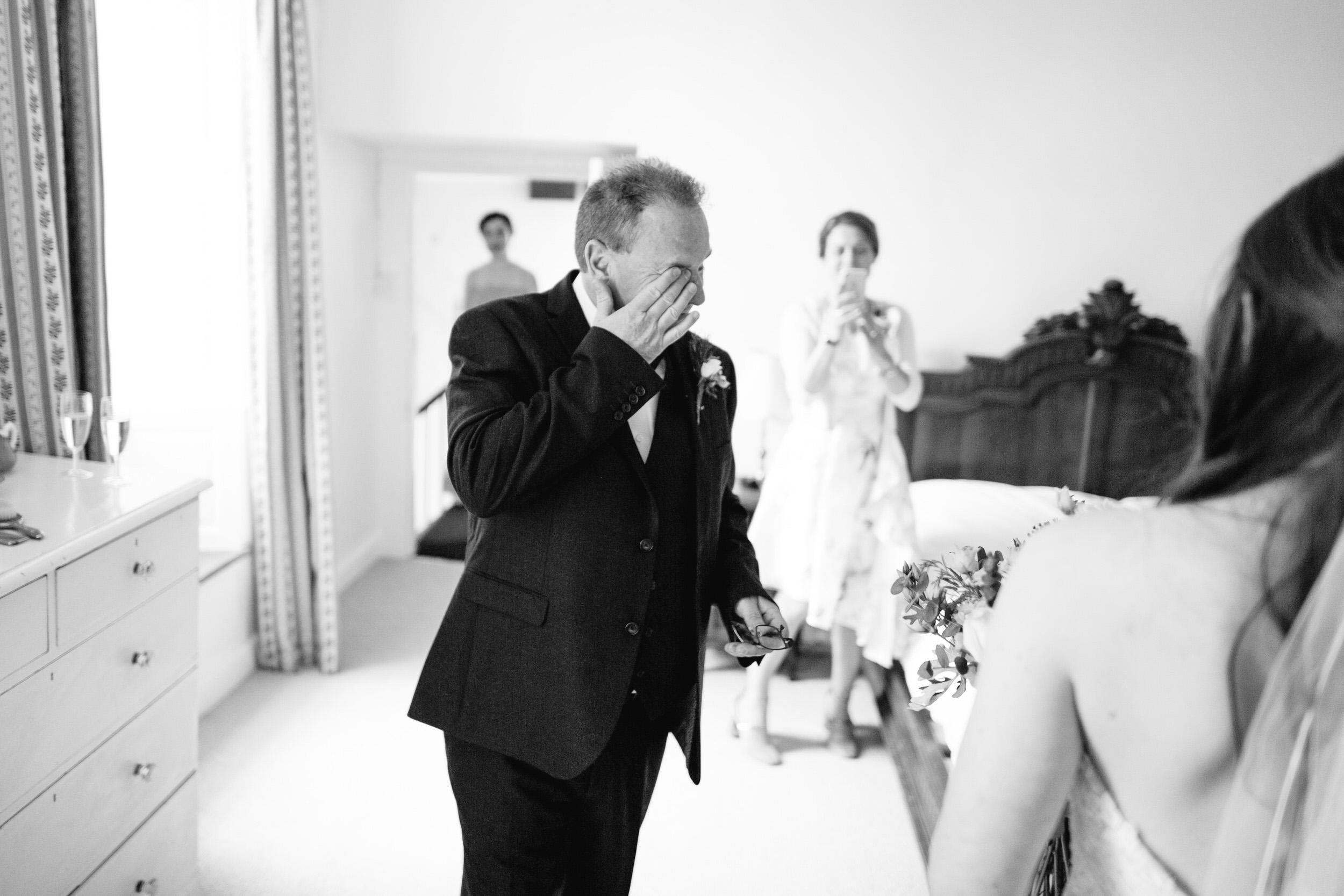 Launcells-Barton-Wedding-Photographer (124).jpg