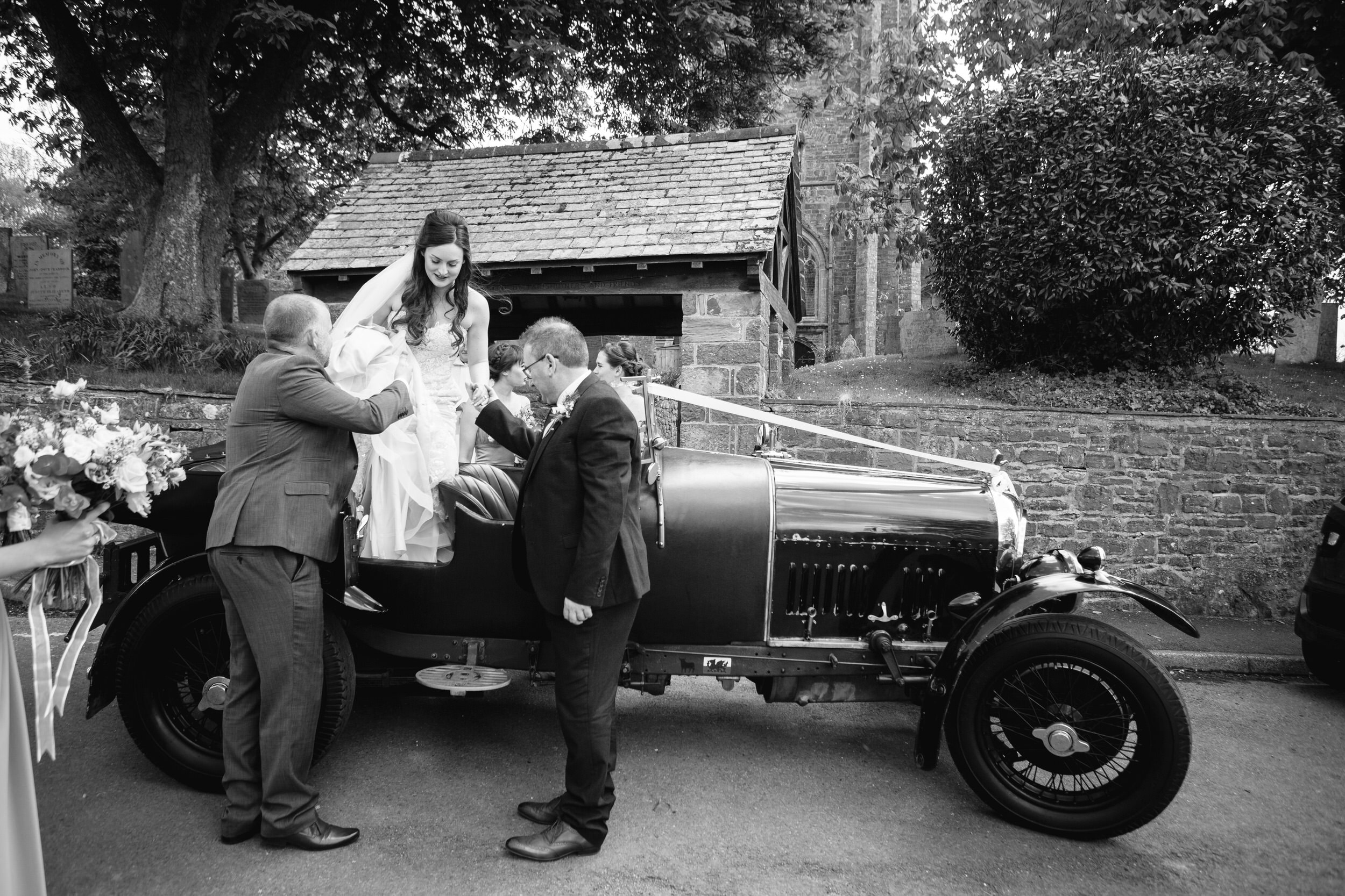 Launcells-Barton-Wedding-Photographer (186).jpg