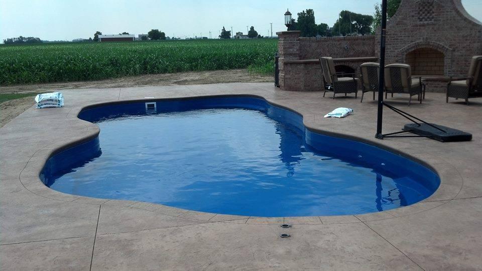 fiberglass pool complete harborbeach3.jpg