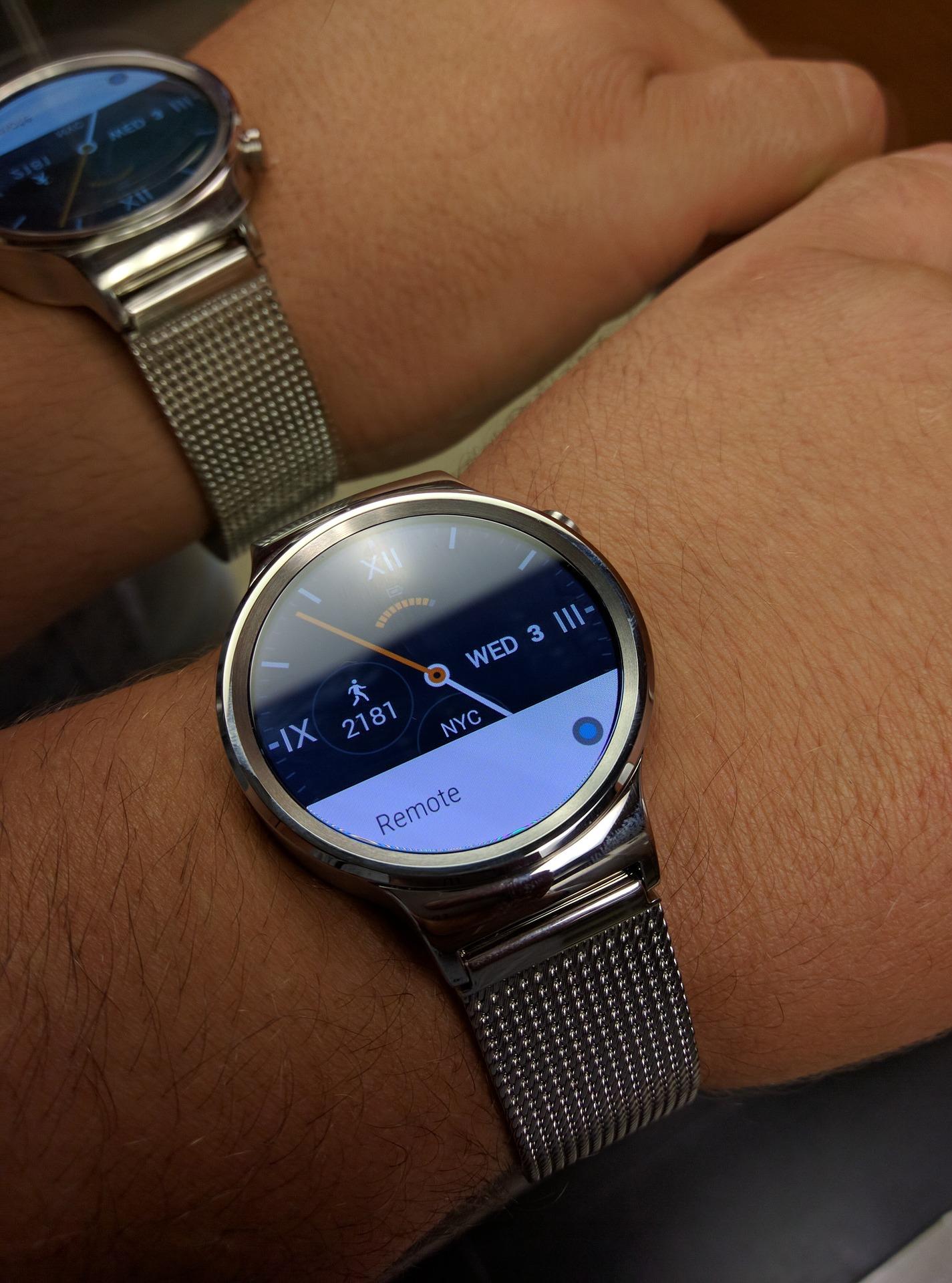Huawei Watch.Courtesy: moldovancsaba, Pixabay