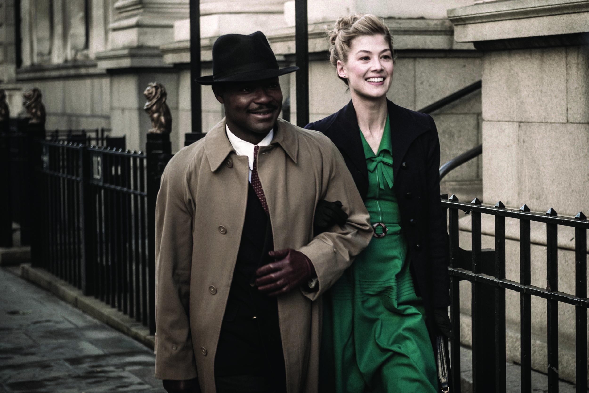 Image: Oyelowo and Pike in  A United Kingdom