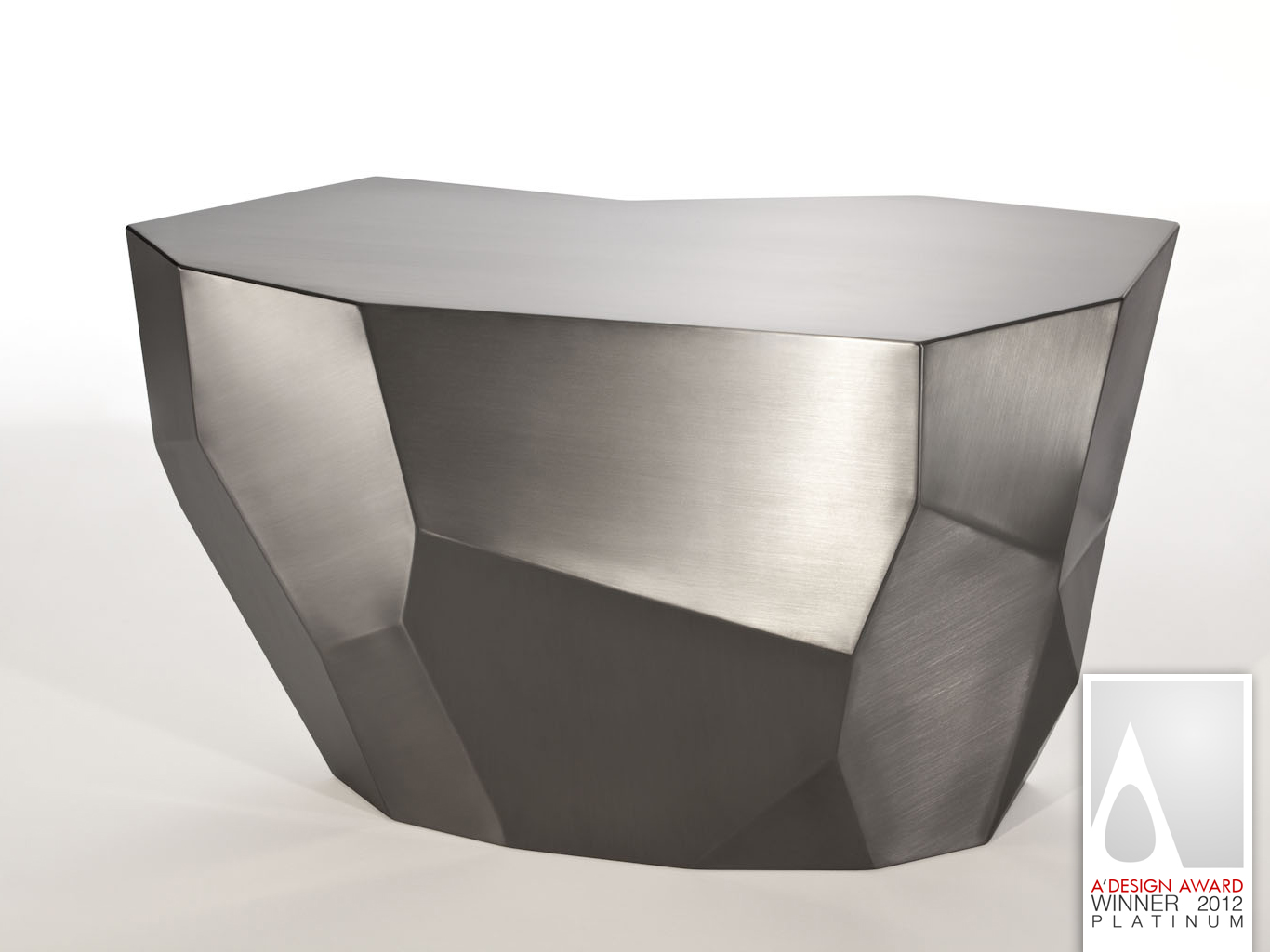 fernanda marques geomorph bench award