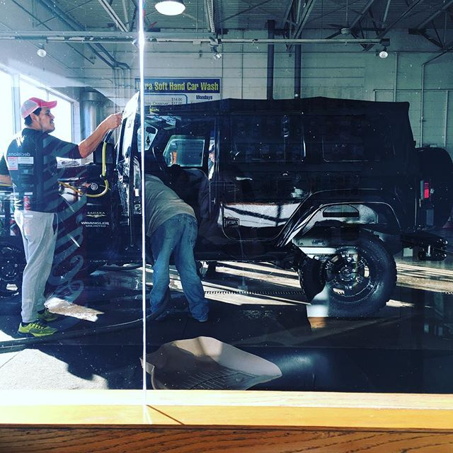 #blackbeauty getting her #goodlookin on this morning! THank you guys! ❤️ your work. ArmorAll on #extratire? 25 cents please 😂😂😂 #jeep #jeepwrangler #sahara #lifted #bigtires #chitownjeep #jeepowner #jeeplifestyle #jeepbabe #jeeplife #badass #allblack #nothingbutsexy just like her BOSS.