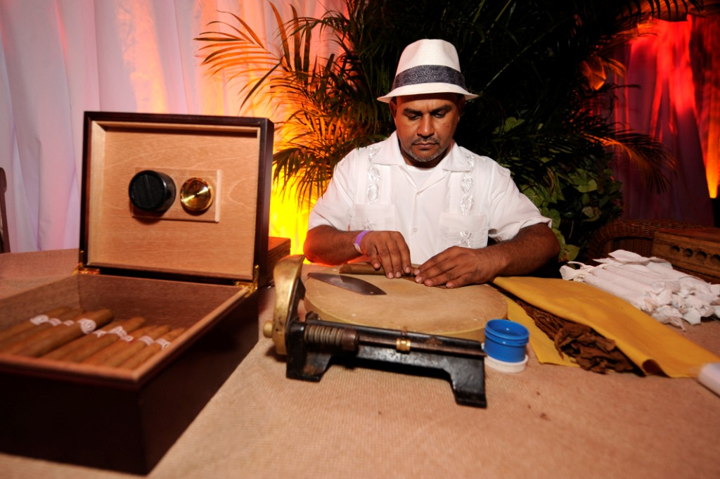 8. Cigar Roller, marc anthony's 40th borthday, handmade cigars for guests, havana nights.jpg