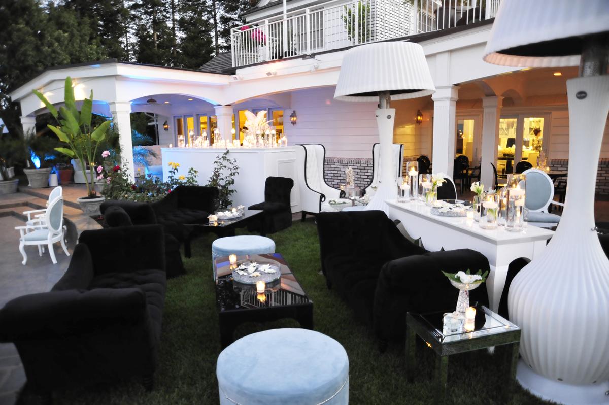 001.modern lounge setting, gardenias, black & white lounge, black &white outdoor club,  .jpg
