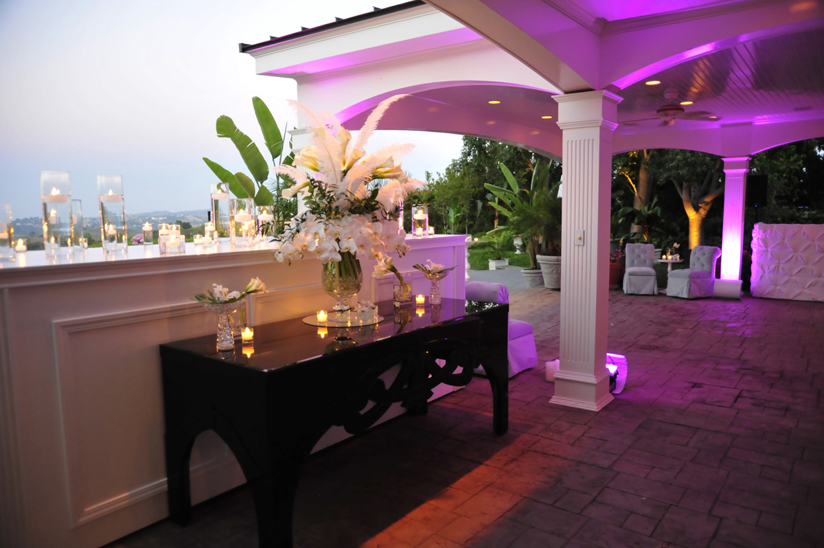 004.feathers+gardenias, floating candles, event lighting, modern furniture for events.jpg