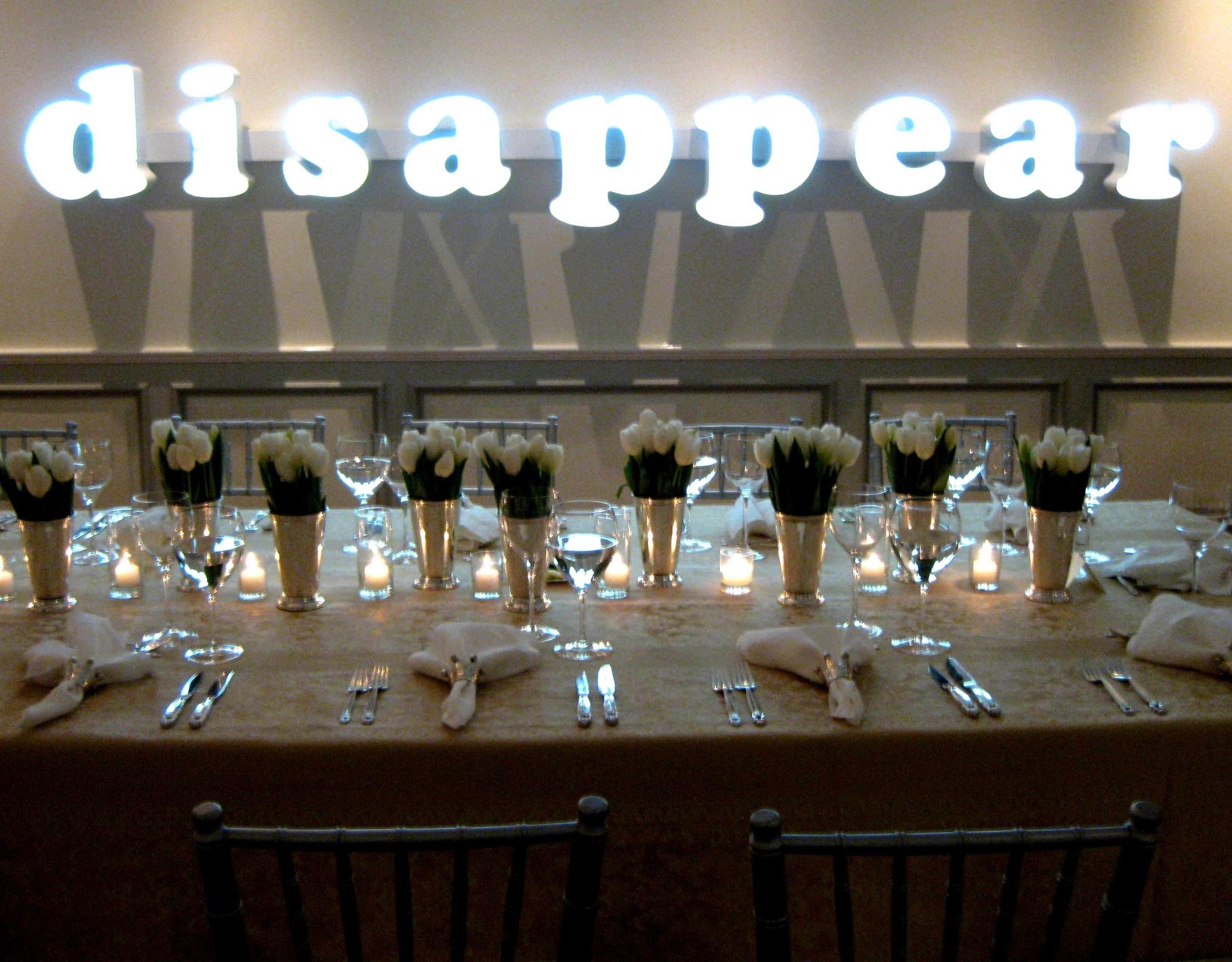 055.elegant dinner table set-up, white tulip centerpieces, modern art decor.jpg