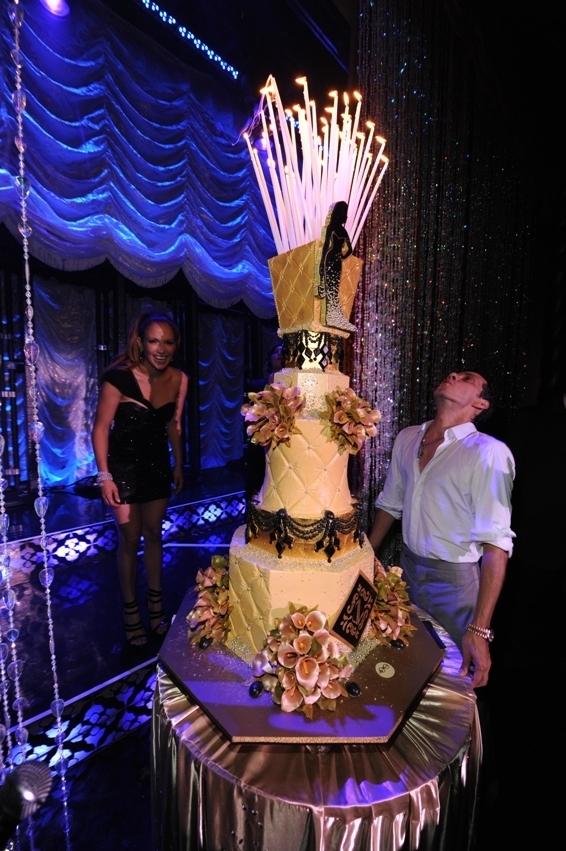 23. JLO 40th Birthday, JLO birthday cake, diamond curtain background, silhoutte on cake, gold wedding cake, gold tufted cake, sylvia weinstock.jpg