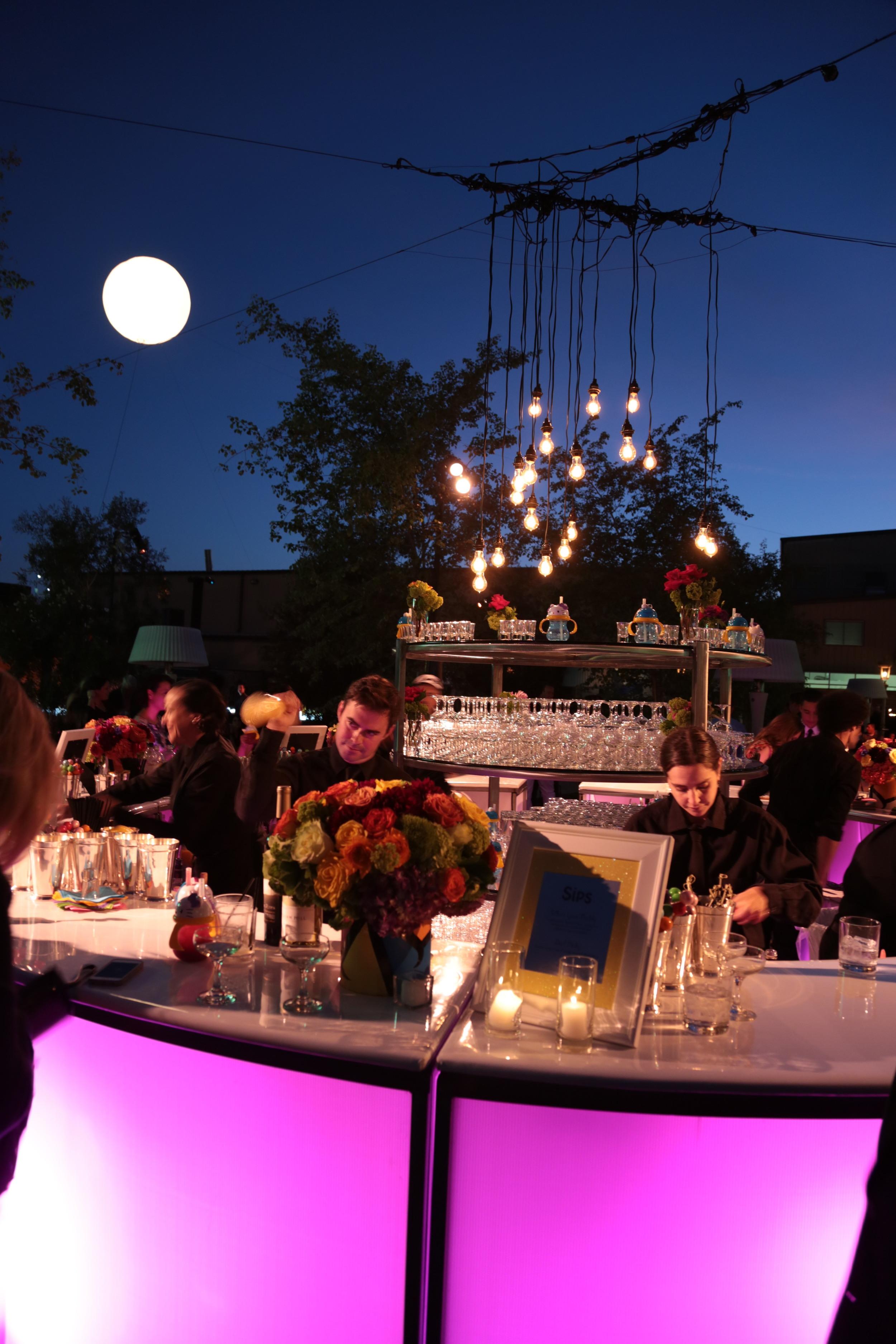 Munchkin Bar and Moon.JPG