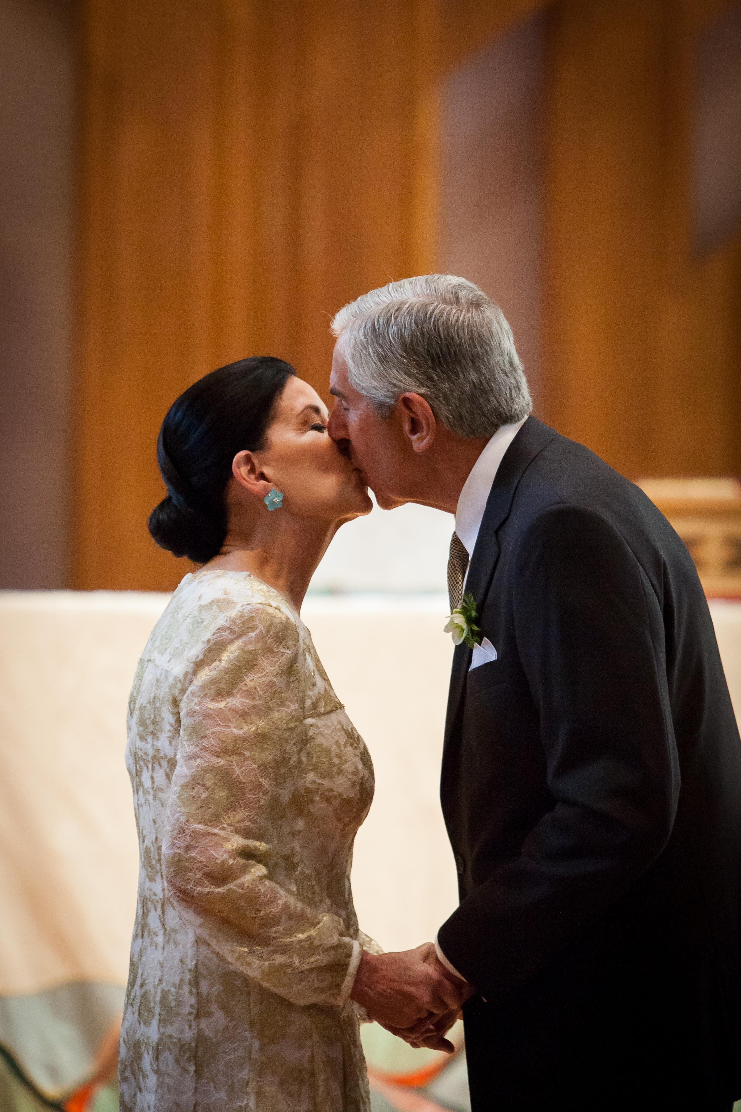 031 - bride & groom kiss.jpg