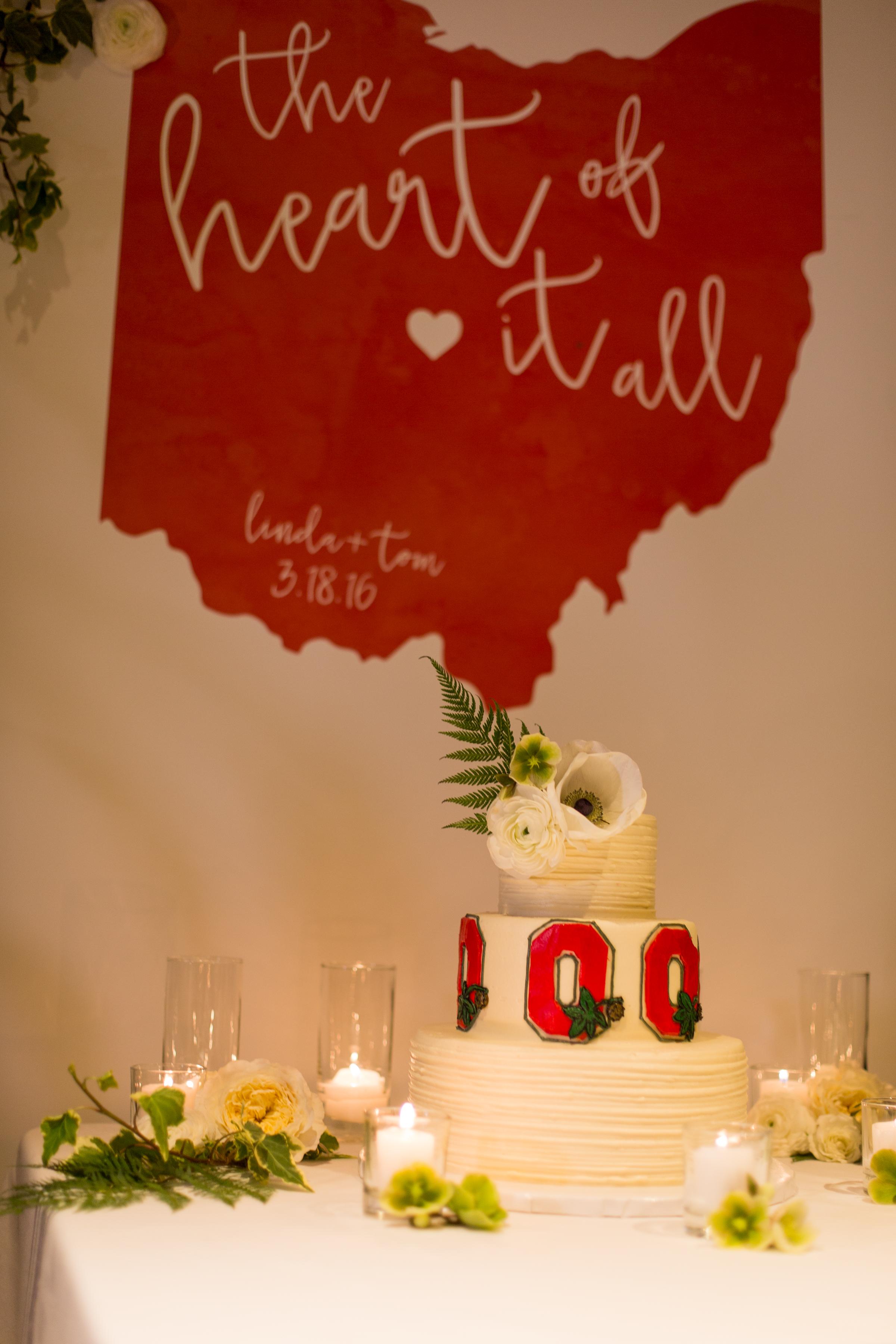 049 - cake display.jpg