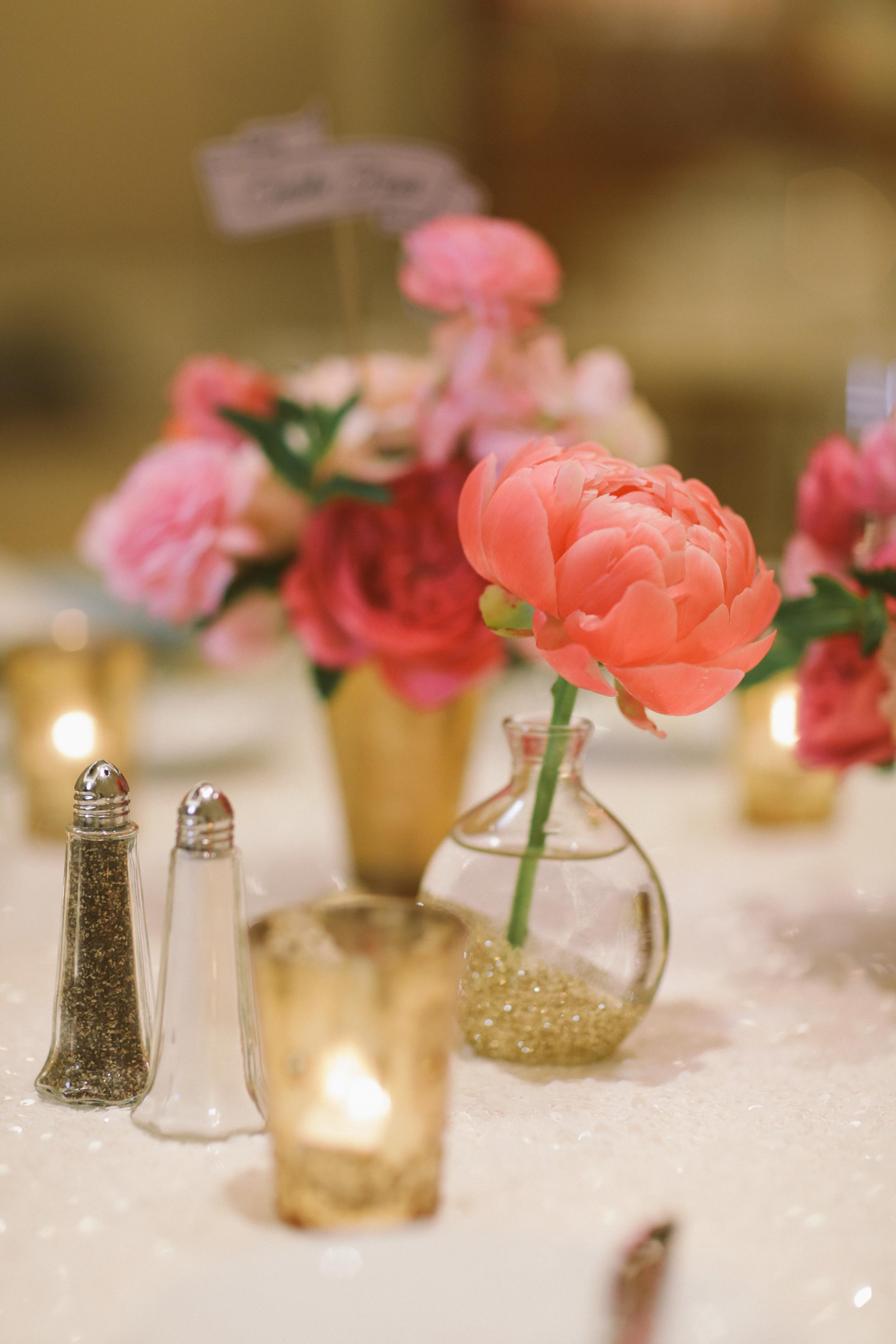 015 reception flowers.jpg