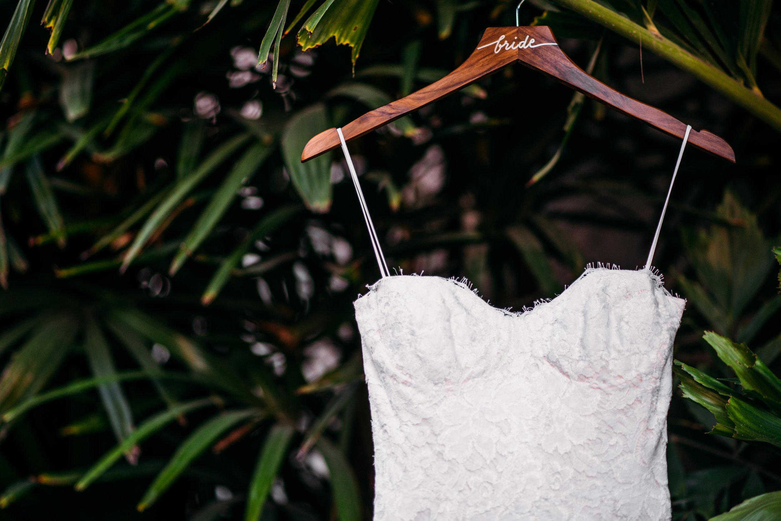 006 Wedding Dress.jpg